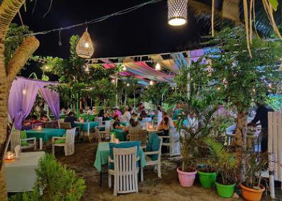 Zipp Bar Restaurant & Bungalows Gili Air